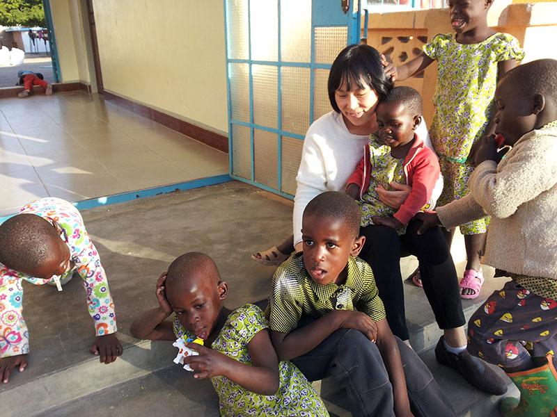 꼰솔라따-탄자니아s.jpg
