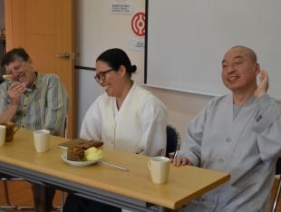 종교간 대화 (강 디에고 신부: 대전 위로의 샘터 2013년) by admin
